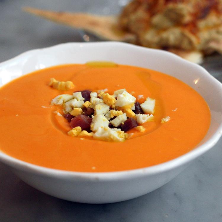 Salmorejo (sopa gelada espanhola)