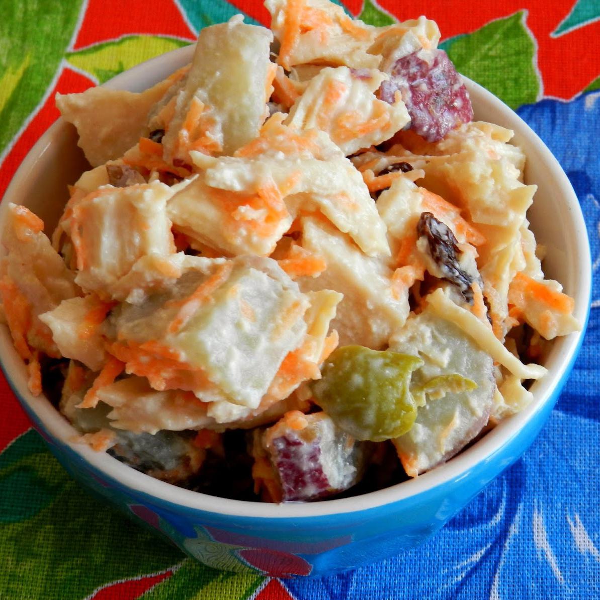 Salada de frango com batata doce