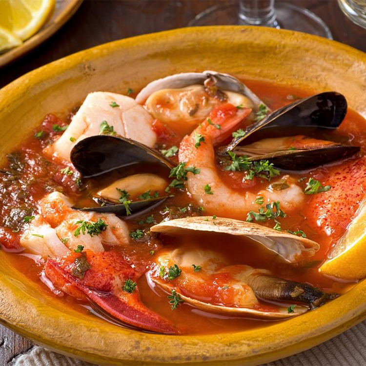 Cioppino (caldeirada italiana de frutos do mar)