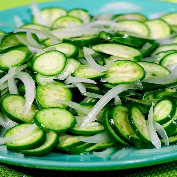 Salada de Jiló Crua